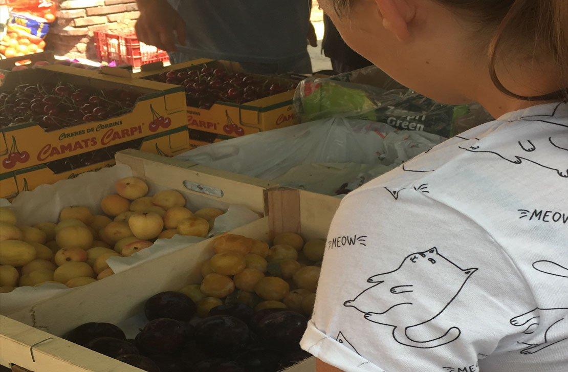Mercat d'Organyà, Alt Urgell. Fruites i verdures.