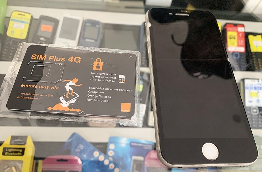 Targeta SIM en una boutique d'Orange de Senegal