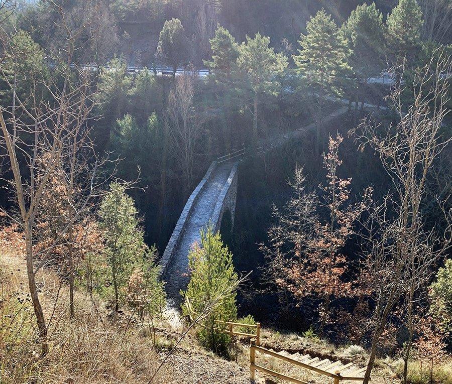 Pont de Vall-llonga, sortint de Sant Llorenç de Morunys