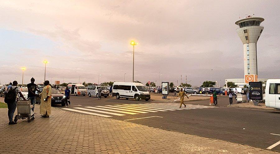 Arribada a l'Aeroport Blaise Digne, Senegal