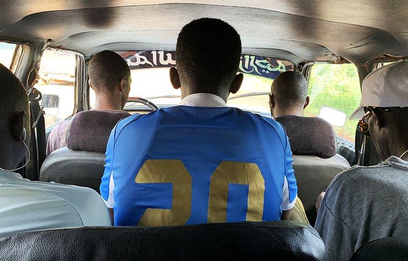 Interior del setplaces de camí a Tambacounda